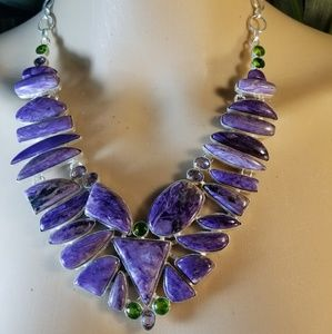 Jewelry - RAVISHING NECKLACE NWOT